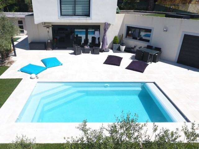 Une piscine installée par un particulier