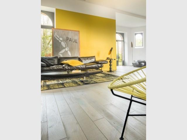 parquet blanc 10 exemples inspirants. Black Bedroom Furniture Sets. Home Design Ideas