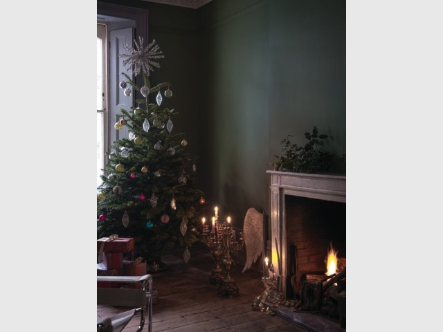 Calke Green Christmas Living Room