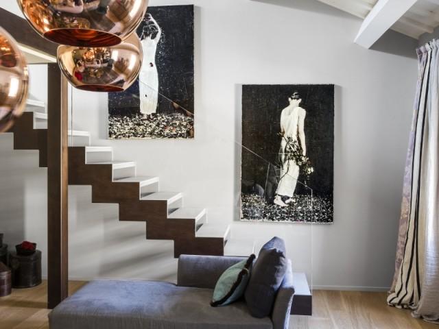 Un escalier discret au style aérien