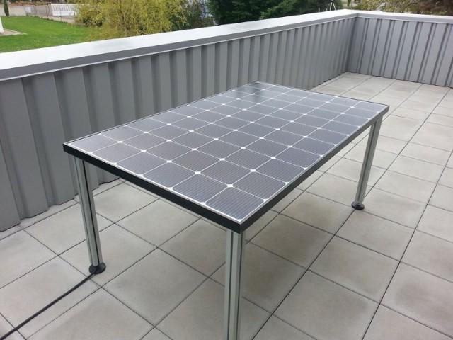 Table de jardin photovoltaïque Mobasol T