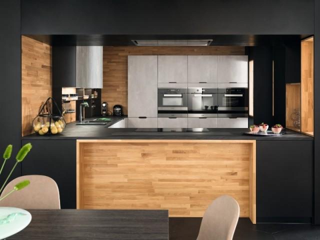 Une niche en bois... pour une cuisine