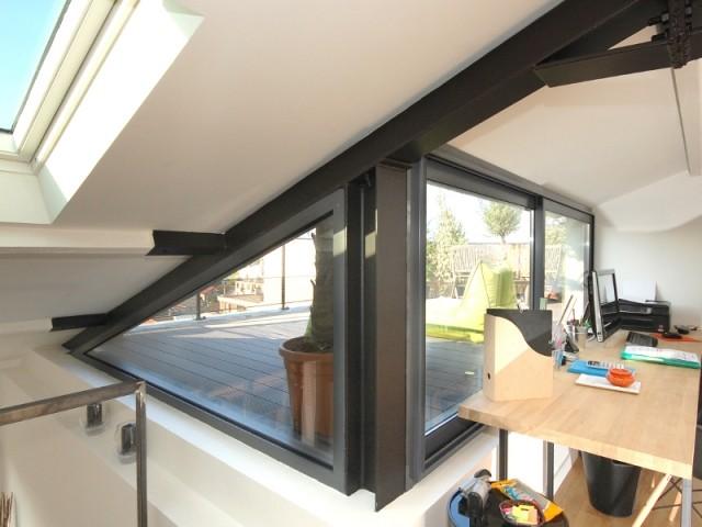 Bureau avec accès direct à la terrasse