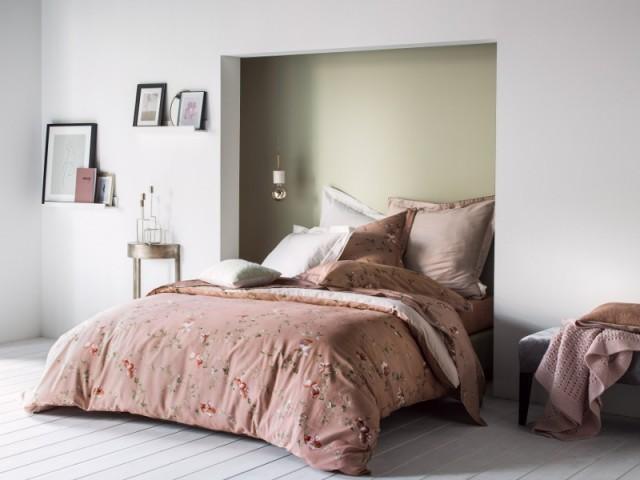 20 id es pour une t te de lit originale for Lit 50 euros