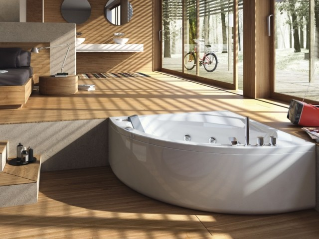 Une baignoire intégrée à une suite parentale zen