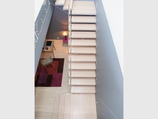 Les paliers brisent la linéarité de l'escalier