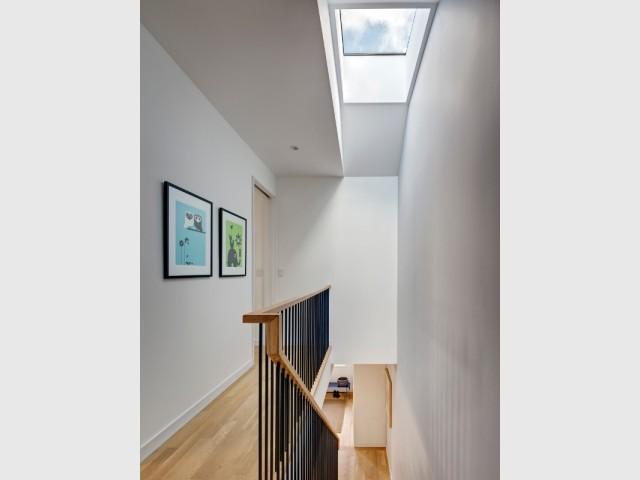 Un puits de lumière pour éclairer l'escalier