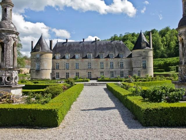 Château de Bussy-Rabutin à Bussy-le-Grand, Côte d'or