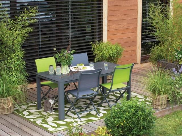 Végétaliser sa terrasse pour en faire un petit coin de verdure