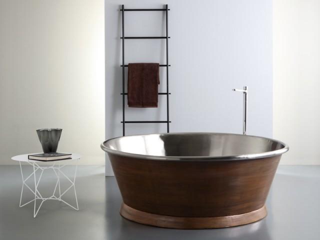 Une baignoire au charme ancien