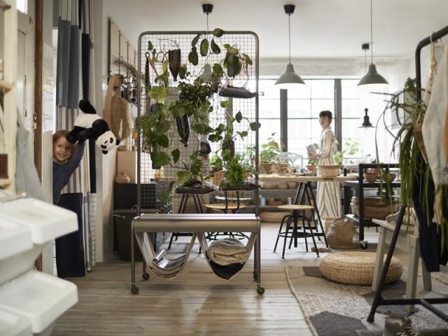 ikea d voile les premi res images de son catalogue 2019 et ses nouveaut s. Black Bedroom Furniture Sets. Home Design Ideas