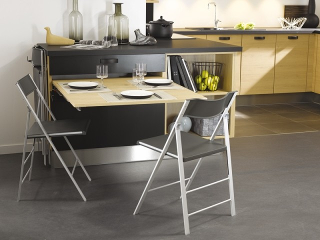 Table extractible, Cuisinella, prix : à partir de 360 €.