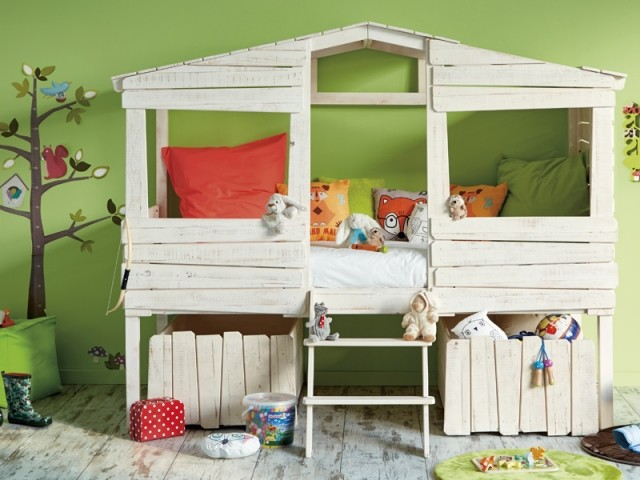 10 lits cabanes que les enfants vont adorer. Black Bedroom Furniture Sets. Home Design Ideas