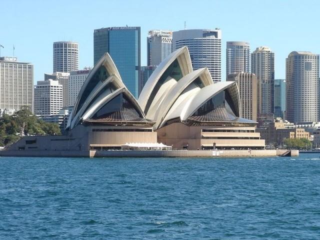 Deux rangées parallèles - Opéra de Sydney