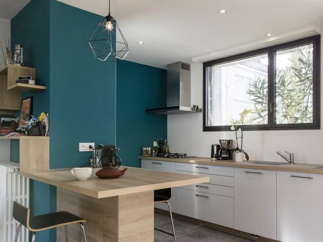 Après : une cuisine moderne et aérée