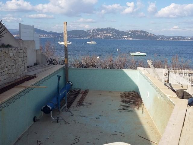 Trophée d'Argent ex-aequo - Catégorie rénovation de piscine - Photo AVANT - Piscine avant les travaux de rénovation