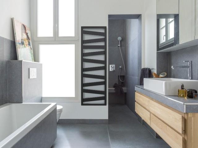 Le sèche-serviette Kazeane, au look très contemporain