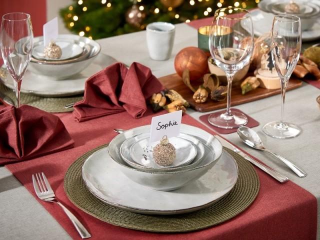 Une table de fêtes parfaitement décorée