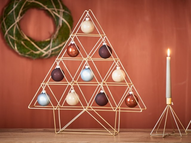Arbre décoratif doré Trianglar, 52 mc, 19,99 €