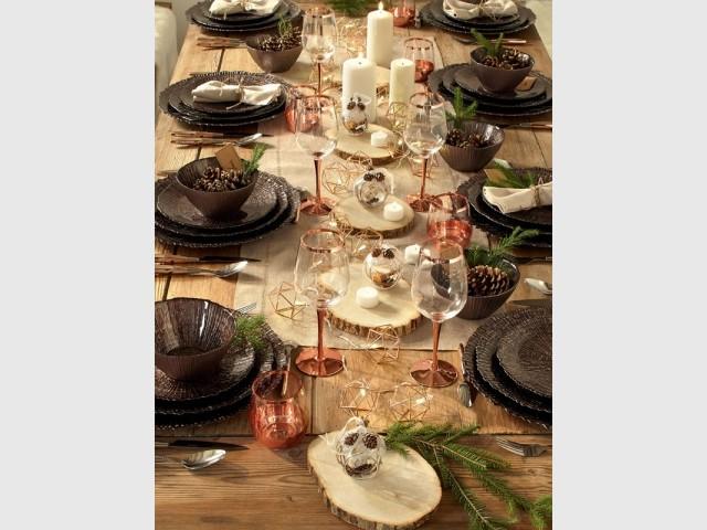 Une table de fêtes aux couleurs de la nature