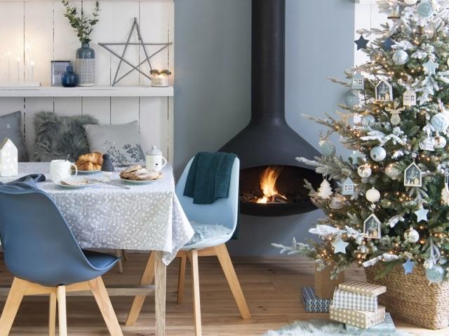 Noël au coin du feu dans un cocon à l'esprit scandinave