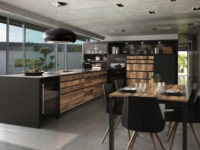Cuisine Nano black avec plan de travail ultra fin et meubles motif bois