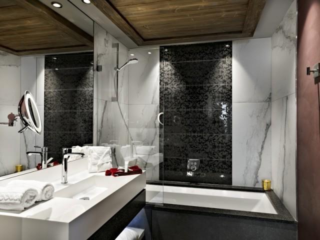 Des salles de bains à la déco soignée