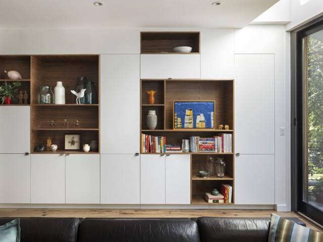 Bibliothèques et rangements sur-mesure dans le salon