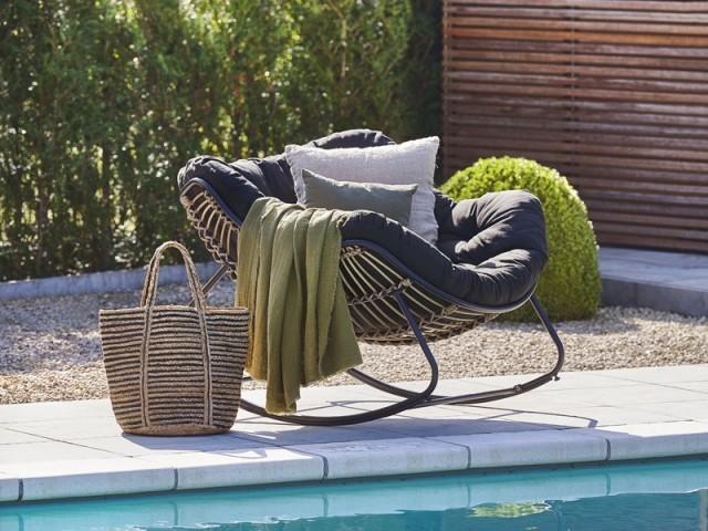 Chaise à bascule Rocko, Casa, prix : 299 €