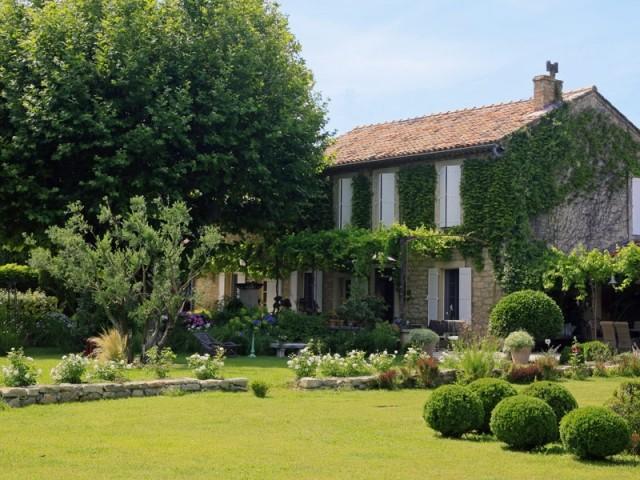 Un ancien champ de pommes de terre transformé en jardin romantique