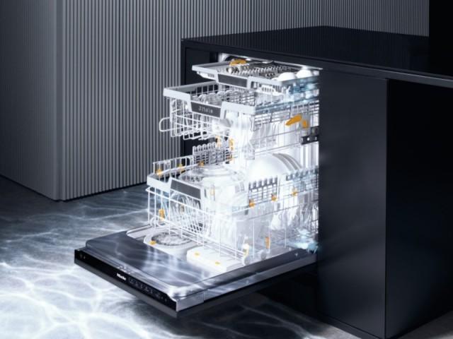 Lave-vaisselle AutoDose avec PowerDisk© intégré