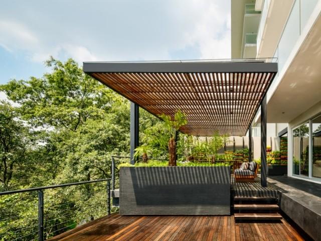 Les deux terrasses de la Villa Jardin