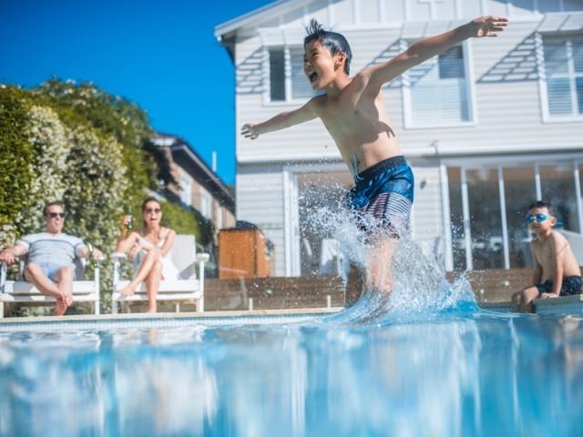 Piscine : conseils de pro pour se baigner en toute sécurité