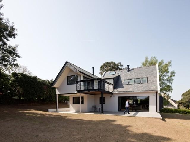 Une maison modernisée aux allures de villa