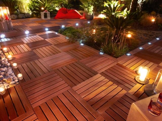 Des spots aux sols pour éclairer son jardin et ses pas