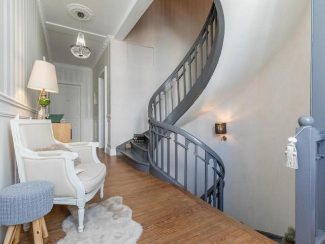 Cure de jouvence pour l'escalier en bois