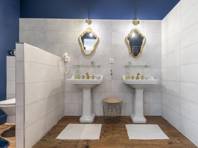 Une salle de bains presque royale