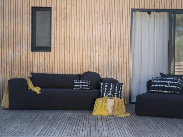 Un canapé et son fauteuil aussi confortable qu'élégant