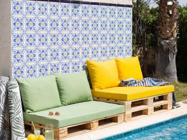 Une terrasse habillée d'azulejos comme au Portugal