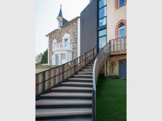 Après : un escalier aux dimensions exceptionnelles
