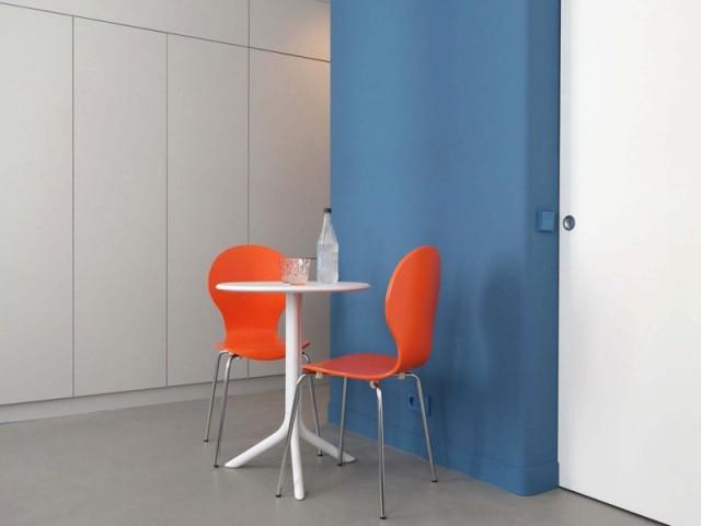 Du mobilier coloré et assorti