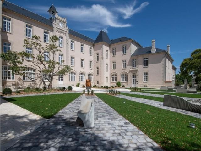 Vue globale du carré des lettres, à La Rochelle