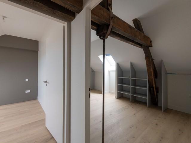 Un appartement au carré des lettres, à La Rochelle