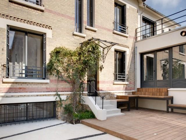 Une maison magnifiée par une extension et... une piscine ...