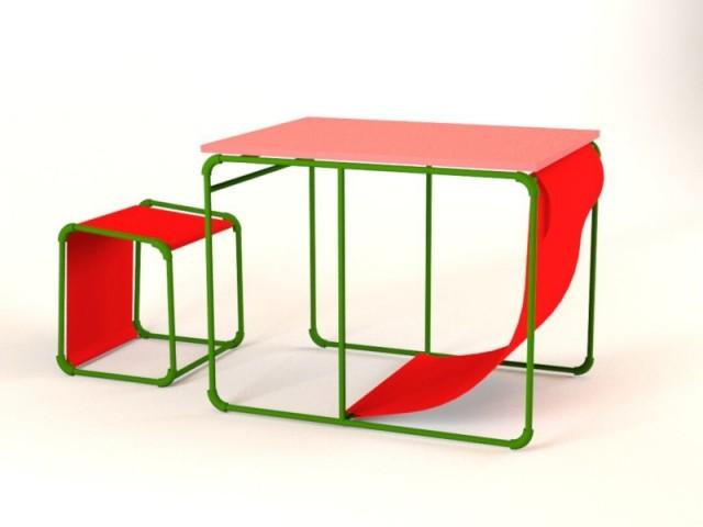 Des chaises et une table modulable