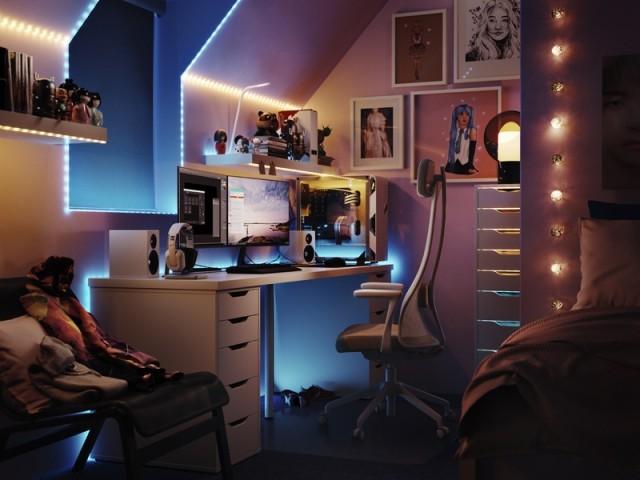 Un bureau subtilement mis en lumière