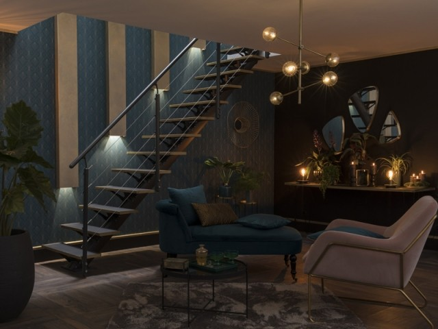 Des puits de lumière dans l'escalier