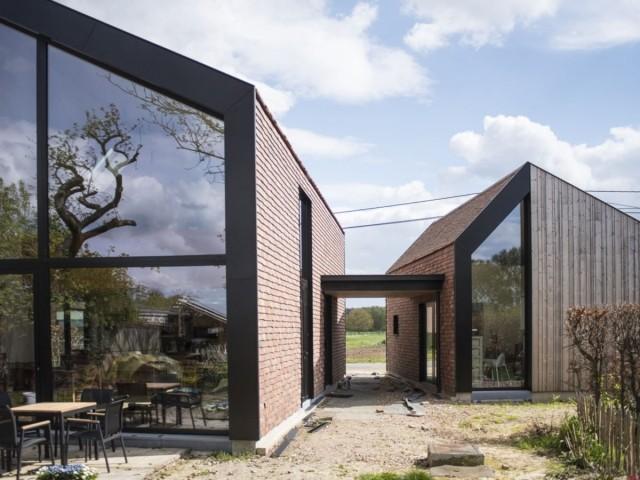International 2 - Maison Baal Belgique