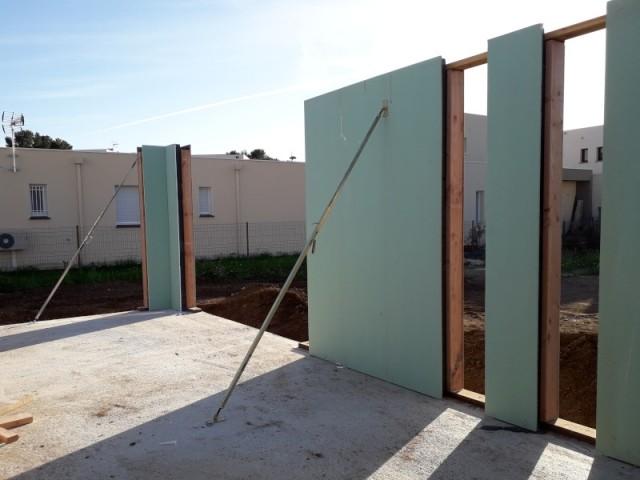 Des murs conçus sur-mesure en usine