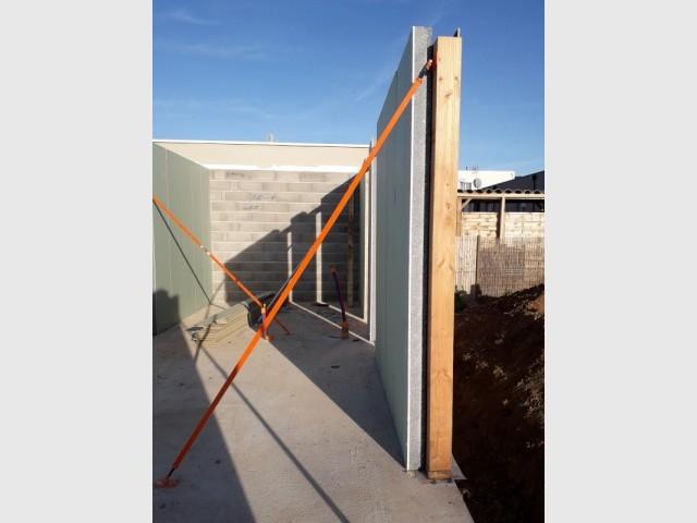 """Un mur """"3-en-1"""" isolation comprise"""
